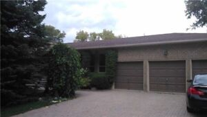 East Gwillimbury 3 Car Garage House For Rent