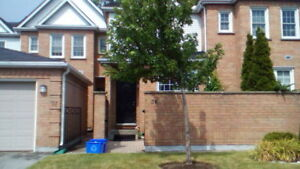 Newer 3 bedroom townhouse on Richmond st near Maisonville
