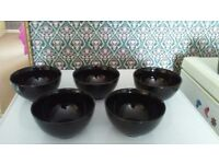 5 black cereal/dessert bowls excellent condition