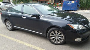 2010 Lexus ES Sedan fully loaded with Navigation
