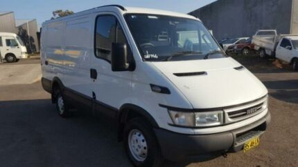 2006 Iveco Daily MY06 Upgrade 35S14 MWB/Mid White 6 Speed Manual Van