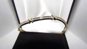 Gorgeous woman's stamped 10K gold bracelet Appraised at $2,850
