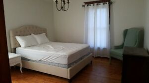 LARGE FURNISHED ROOM FOR RENT IN HESPELER MINUTES FROM 401