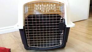 Large pet carrier Petmate Ultra Vari Kennel