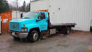 2004 Chevrolet Kodiak C6500 Flat Deck Wrecker Tow Truck FOR SALE