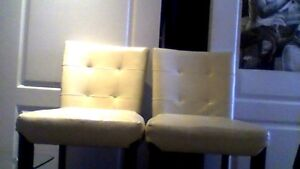 Twin leather bar stools