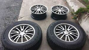 Spyn mags 18 in with 2 Hankook summer tires