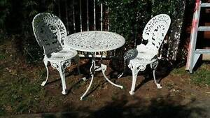 Beautiful vintage table and chairs Brighton-le-sands Rockdale Area Preview