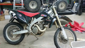 2007 CRF450X, piped, jet kit, electric start