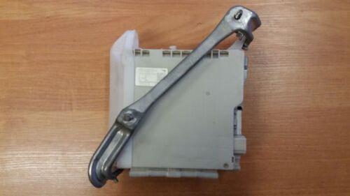 LEXUS LS-460  2007 REAR  FUSE BOX   82670-50120-A