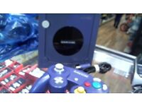 NINTENDO GAME CUBE WITH CONTROLLER