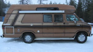 58,660km  Dodge 250 Custom Ram Camper Van ****MINT CONDITION****
