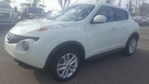 2012 Nissan JUKE SL Sunroof,  Bluetooth,  A/C,