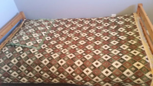 Brand New Twin Sized Bed Spread and Pillow case