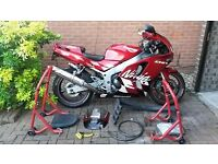 RED ZX6-R Kawasaki and accessories
