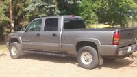 2006 GMC Sierra 2500 Pickup Truck - DIESEL - REDUCED