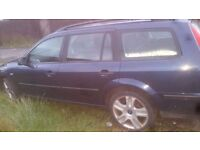 Ford mondeo estate 2.0 tdci spares or repairs.car still drives