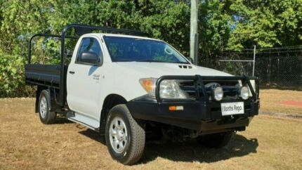 Toyota SR Hilux 4x4 Turbo Diesel Ute in VGC Bungalow Cairns City Preview