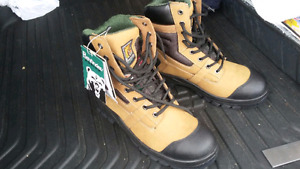 Safety boots size 8.5
