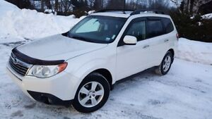 """NEW PRICE""2009 Subaru Forester Touring SUV, Excellent Condition"