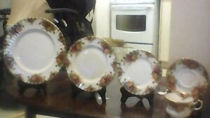 Royal Albert Old Country Rose Fine China!