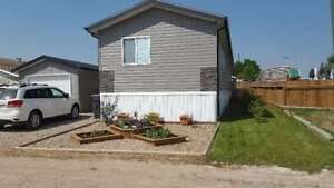 Mobile home For Sale in Sunset Estates!