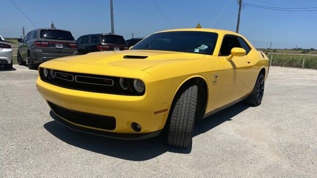 Image 8 Voiture American used Dodge Challenger 2017