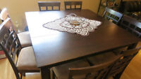 9-PIECE TALL PUB STYLE DINING ROOM TABLE 8 CHAIRS GOOD CONDITION