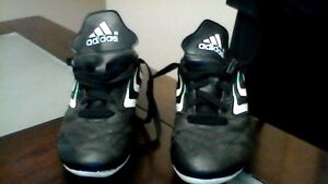 Size 1 Adidas Leather Soccer Shoes