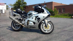 2006 Kawasaki Ninja ZZR600 Lots of Upgrades