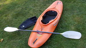 Wave Sport White Water Kayak spray skirt and Paddle