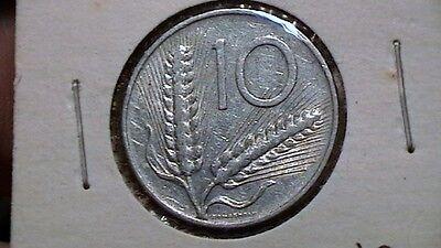 ITALY  Republic    1956 R    *  10  LIRA  *      KM 93  994A1