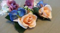 New 2 sets of boutonnieres and corsages
