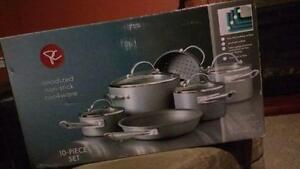 NEW Cookset