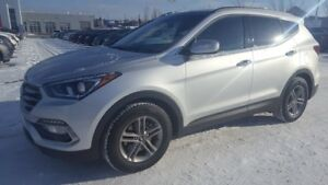 2017 Hyundai Santa Fe Sport AWD PREMIUM $24888 Leather,  Heated