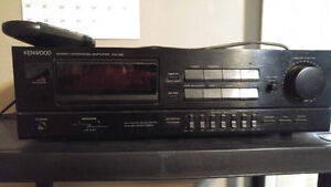 KENWOOD 120 Watts amplifier with graphic equalizer!