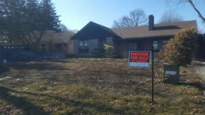 House/Lot for sale near West Oakville Waterfront/Appleby College