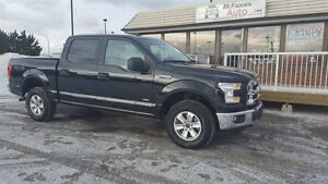 2016 Ford F-150 XLT CREW CAB 3.5L ECO BOOST!