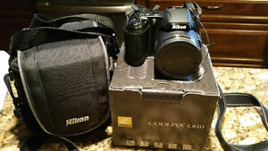Neuf for sale with OEM case Nikon COOLPIX L810