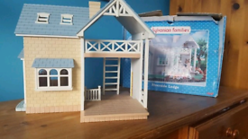 Sylvanian Families Riverside Lodge