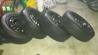 Winter tires mounted on steel rims. 195/60/r15. 4168396346
