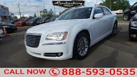 2014 Chrysler 300 Touring **heated leather seats/ large sunroof/