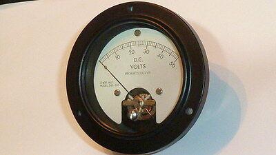 Vintage Voltmeter D.c Volts Model 365-393 New Am Mr36w050dcvvr Military Spec
