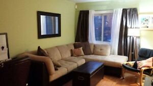 4 1/2 corner unit condo on the 2nd floor incl. parking