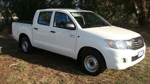 2014 Toyota Hilux GGN15R MY14 SR Double Cab White 5 Speed Automatic Utility Oaks Estate Queanbeyan Area Preview