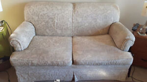 LOVESEAT / 2 SEAT COUCH - FREE