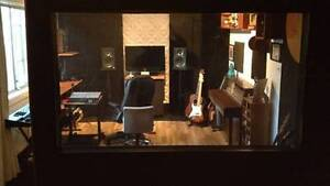 Homegrown Studio - recording deal Brooklyn Brimbank Area Preview
