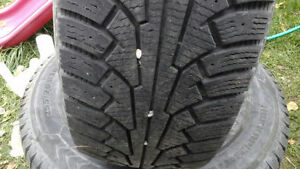 255/70R16 WINTER TIRES WITH FORD EXPLORER RIMES. 5 BOLT