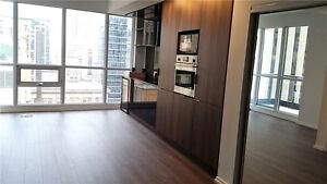 Brand New 2 bed condo Financial District Queen Station City view