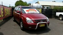 2007 Kia Grand Carnival VQ (EX) Red 5 Speed Automatic Wagon Campbelltown Campbelltown Area Preview